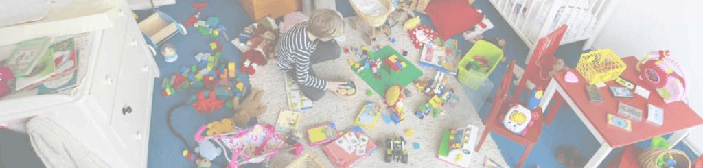 как быстро убрать в детской комнате