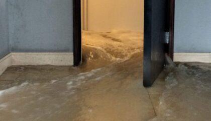 уборка после потопа в квартире