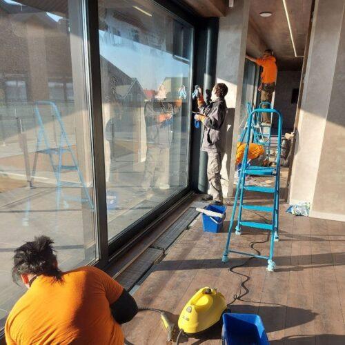Мытье окон в Киеве клининговой компанией Уборка 24